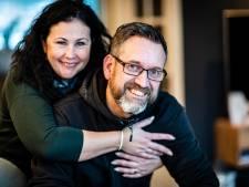 Alphense Sander (47) en Yolanda (43) stappen na twintig jaar alsnog in het huwelijksbootje
