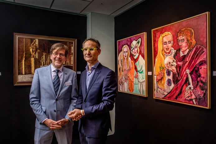 Rob Teunissen (L), Sven Bonsel proberen Ruurlo opnieuw uit te vinden als kunstdorp met een een kunstexpositie in leegstaande winkelpanden om mee te liften op de 100.000 bezoekers die jaarlijks museum MORE bezoeken. Op deze manier moet er weer reuring Ruurlo komen.