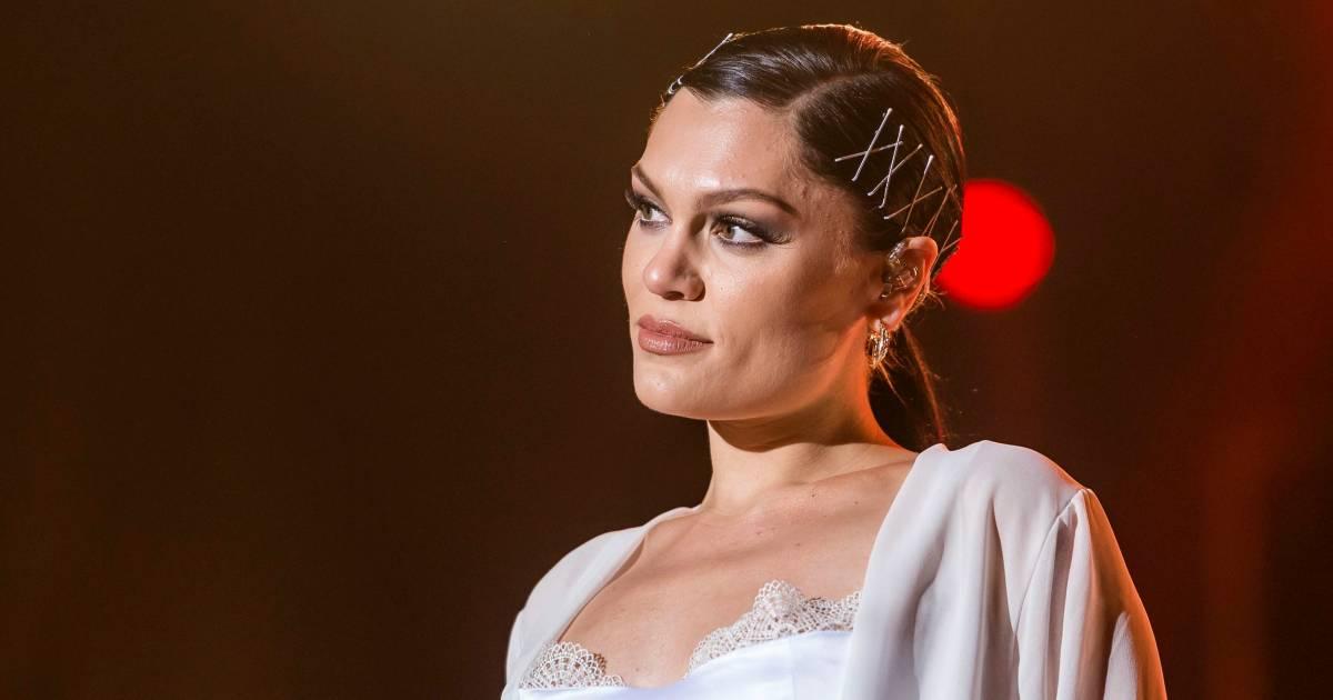 Jessie J is slechte paparazzifoto's zat en onthult zelf nieuwe vriend - AD.nl
