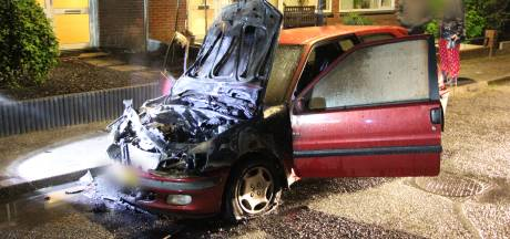 Wehl schrikt wakker van autobrand