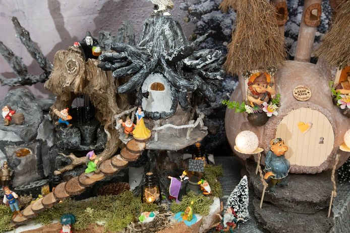Miriam toverde haar living om tot een kerstpretpark.
