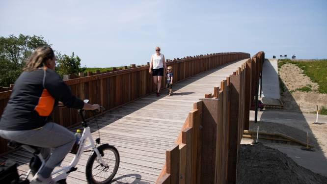 Rechter veegt bezwaren tegen strandbrug Nieuwvliet van tafel