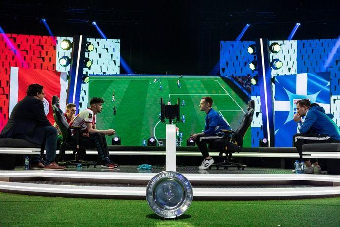 Ajax en PEC Zwolle namen het in februari van dit jaar in de finale van de eDivisie tegen elkaar op in AFAS Live met tweeduizend toeschouwers.
