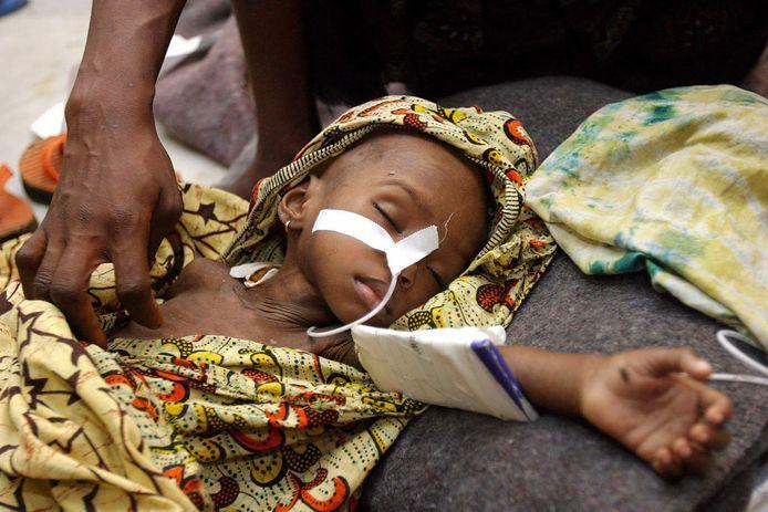 Archiefbeeld. Malariaslachtoffer Edith Gboe uit Liberia (28/07/2003)