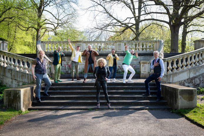 De finalisten van het Haags Songfestival 2021. VLNR: Clycle and the City, Anne-Tjerk Mante, Robbie de Huismuzikant, D. Cherson, Bianca Netten en Onwijs Gijs.