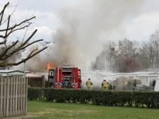 Stacaravan brandt uit op camping in Markelo