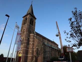 Dak Sentekerk wordt hersteld