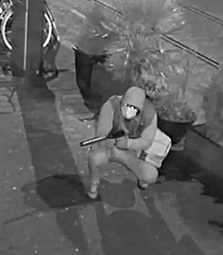 Rotterdamse familie vijf keer doelwit beschietingen: zes Amsterdammers aangehouden