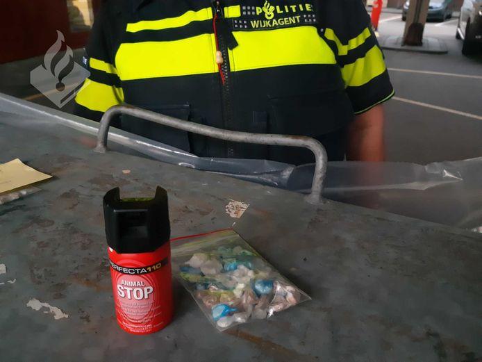 De in beslag genomen spullen in Zwolle.