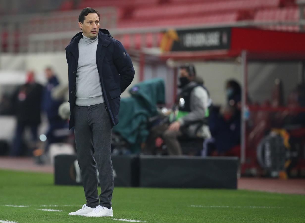 Roger Schmidt tijdens het duel met Olympiakos, dat PSV met 4-2 verloor.