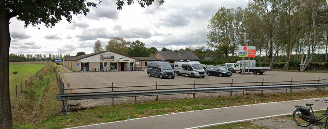Deze nevenvestiging van kampeerwinkel De Wit in Schijndel was tijdelijk gesloten.