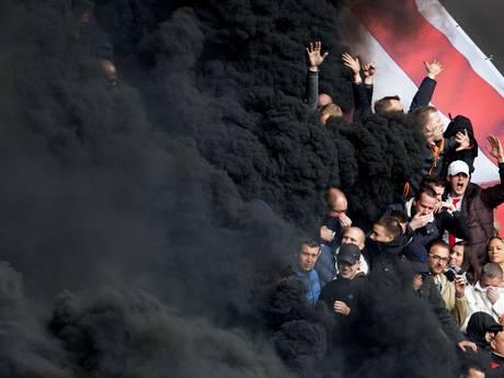 Dader die rookbommen tijdens PSV-Ajax afstak nog steeds vast