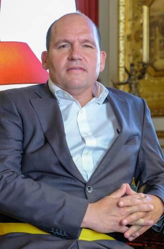"""Burgemeester Philippe Close wil ook na La Boum 2 van geen andere aanpak weten: """"Het park is van iedereen. Afsluiten zal nooit een optie zijn"""""""