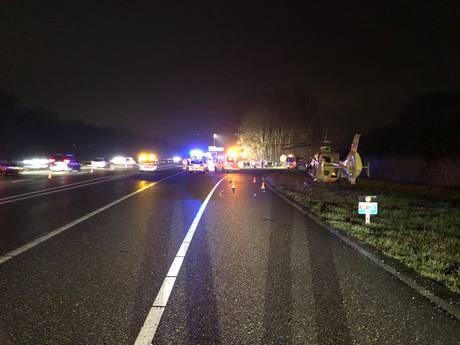Jongetje (7) overleden bij ongeval op A325 bij Ressen, gezinsleden gewond