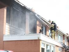 Woningbrand in Almelo richt veel schade aan, huis onbewoonbaar