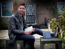 Hugo (28) houdt al acht jaar bij hoe gelukkig hij is: 'Nooit gedacht het het hiertoe zou leiden'