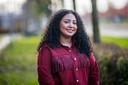 De 24-jarige Abeer Abbas, die net de opleiding Sociaal Juridische Dienstverlening afgerond heeft, onderzocht welke rol imago speelt in het uitgavenpatroon van studenten.