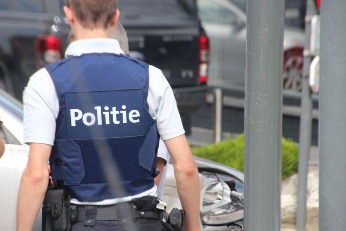 Telkens kregen agenten van de politiezone Vlas met de dertiger af te rekenen.