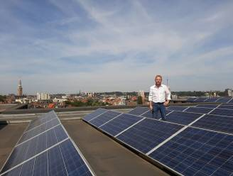 """Ondanks perikelen rond terugdraaiende teller blijft Leuven zonnepanelen ondersteunen: """"Als we Leuvenaar correcte info geven, kunnen we vertrouwen in zonne-energie herstellen"""""""