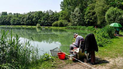 Vandalen teisteren visvijvers: vissen op barbecue, resten slingeren langs oevers