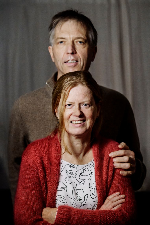 Filip Gosselé en zijn echtgenote Geertrui belegden 5.000 euro in het huurhuis.  Beeld © Eric de Mildt