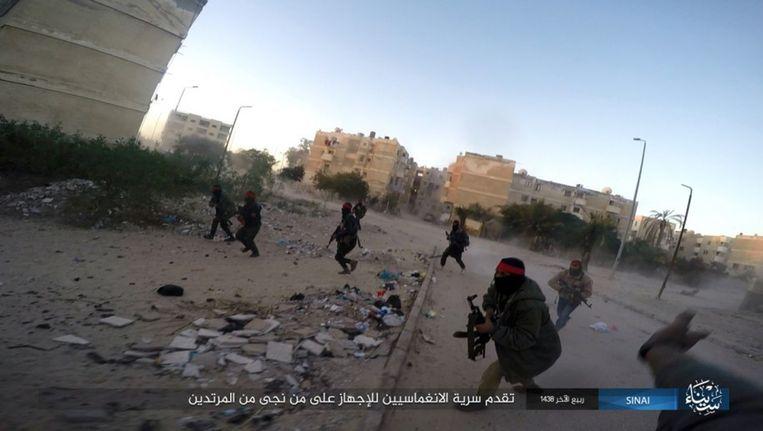 Leden van IS in het noorden van Sinaï. Beeld ap