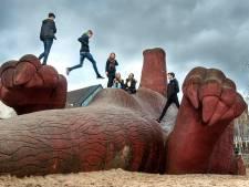 Bewoners van Arnhemse wijk willen het immense aardvarken wel adopteren