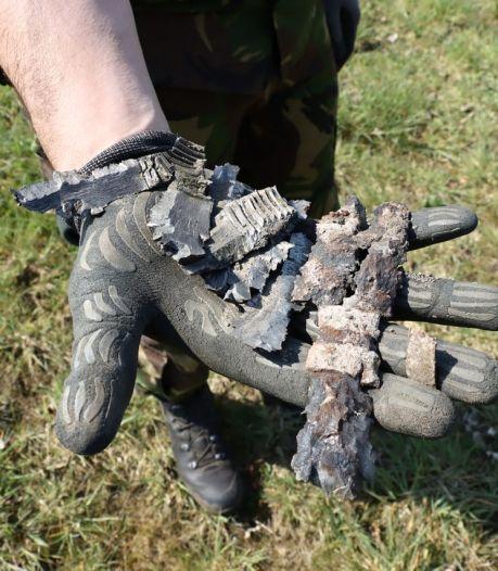 Levensgevaarlijke granaat: nietsvermoedend ouder stel nam explosief mee in kofferbak