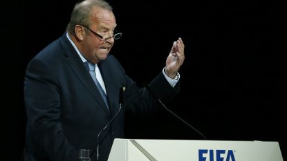 """Michel D'Hooghe, voorzitter medisch comité van FIFA, bikkelhard voor UEFA: """"Gezondheid is nu belangrijker dan het financiële"""""""
