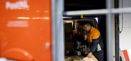 Meer loon én een bonus van 250 euro voor pakketbezorgers PostNL