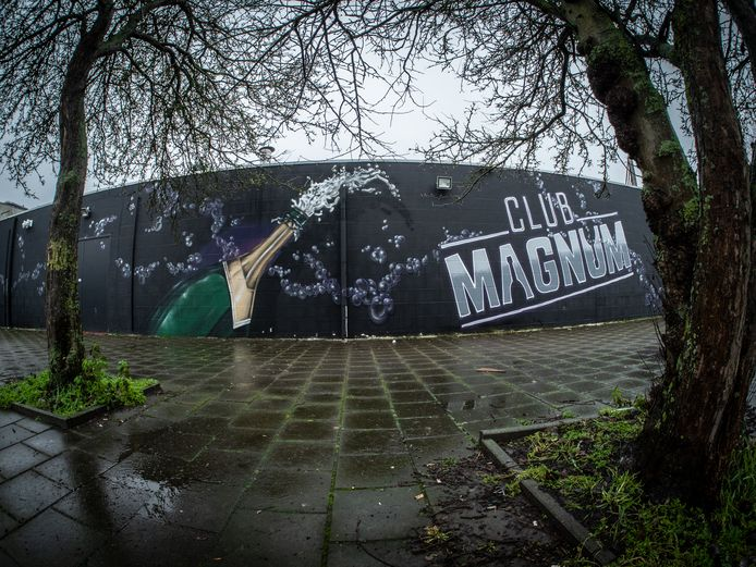 Club Magnum aan de Van der Hagenstraat in Zoetermeer blijft dicht.