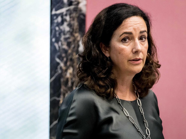 Burgemeester Femke Halsema voor aanvang van de raadsvergadering.