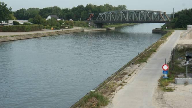 Jaagpaden aan spoorwegbrug afgesloten voor aanleg van brug van fietsostrade