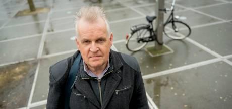 Ben strijdt tegen gladde gootjes op Stationsplein Enschede: 'Rapport klopt niet'