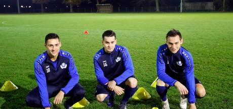 Feestbeest Sam de Laat wil met Hoogeloon periodetitel pakken: 'Van voetbal word ik het gelukkigst'