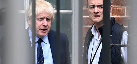Ex-topadviseur lekt appjes: Boris Johnson noemde minister 'totally fucking hopeless'