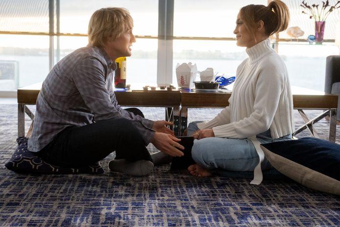 Owen Wilson  en Jennifer Lopez in 'Marry Me'