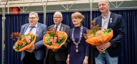 Koninklijke hulde voor drie vrijwilligers van Historische Kring Losser