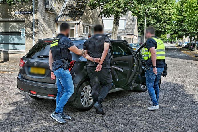 Politie houdt verdachte aan van steekpartij aan de IJskelderstraat in Tilburg.