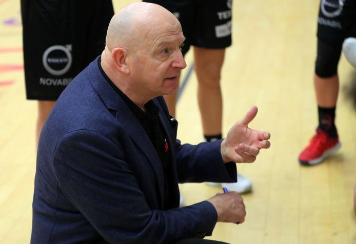 Coach Benny Mertens speelt volgend seizoen Europees basketbal met Kortrijk Spurs.