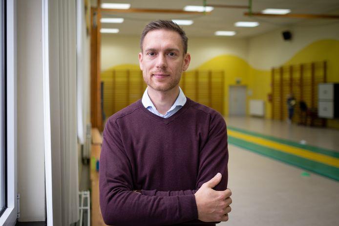 Adjunct-directeur Tom Sas.