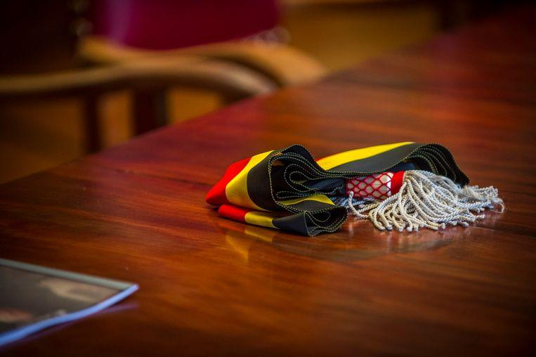 De klassieke tricolore burgemeesterssjerp. Beeld ©2012 frederik beyens