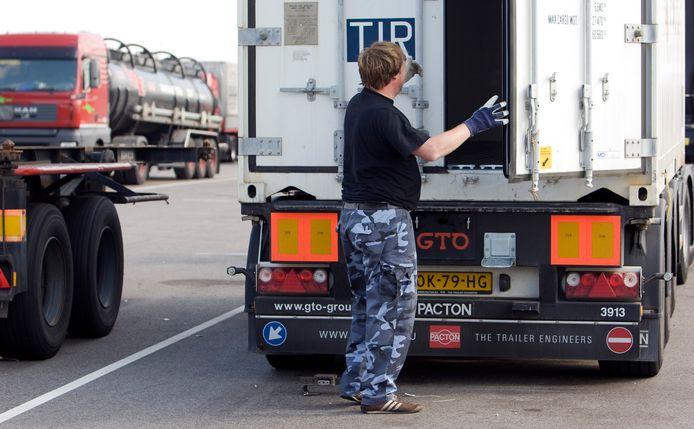Foto ter illustratie. Bedrijven in de transport en logistiek zoeken veel nieuw personeel.