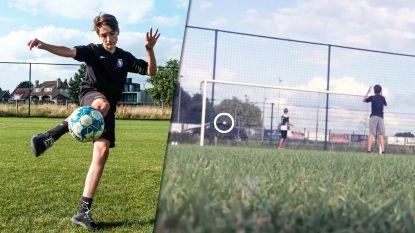 """""""Dit lukt 1 keer in een miljoen!"""": Arne (14) trapt bal los door openstaand raam van rijdende auto"""