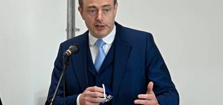 """Bart De Wever blij voor de Antwerpenaren: """"Tijd dat we met de terrassen eerste stap naar normaler leven zetten"""""""