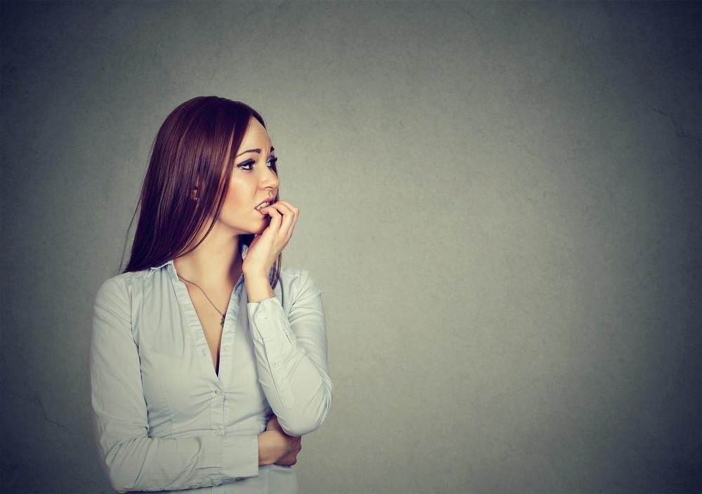 Heb je weleens het gevoel dat iedereen om je heen competent is, maar dat je zelf maar doet alsof? Je bent niet de enige, weet psycholoog Thijs Launspach.