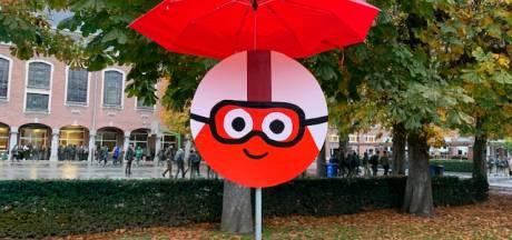 FOTOREEKS: Een speelplaats vol met Rode Neuzen? Dat vind je op Sint-Bavohumaniora in Gent!