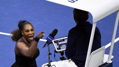 """Serena Williams gaat compleet door het lint tijdens finale US Open: """"Sekstische opmerking van scheidsrechter"""", organisatie bestraft haar met geldboete"""