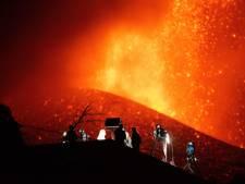 Brandweer op La Palma trekt zich terug wegens explosies vulkaan