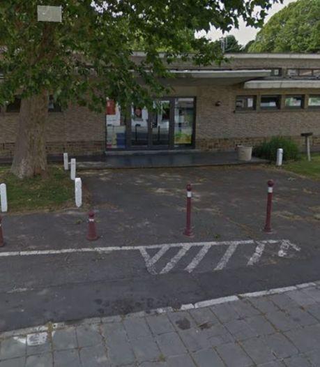 """Une école de Montigny-le-Tilleul a reçu sa plaque label """"École plus propre"""""""